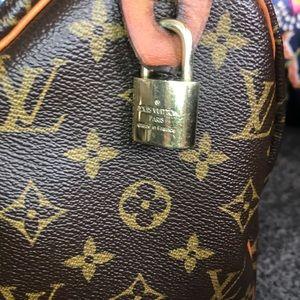 Louis Vuitton Bags - Louis Vuitton Speedy 25